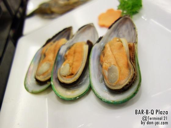 BAR-B-Q_Plaza_007