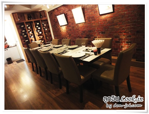 look-in-italian-restaurant_032