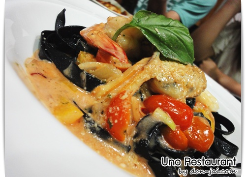 Uno_Restaurant_033