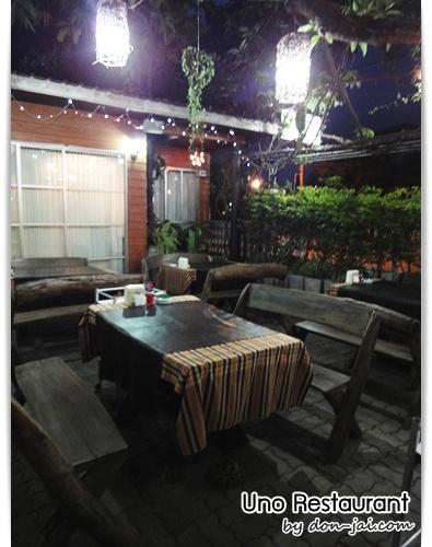 Uno_Restaurant_035