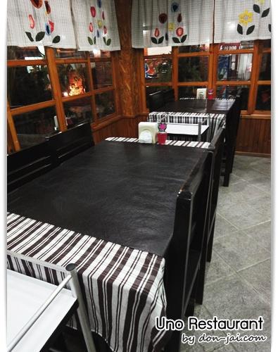 Uno_Restaurant_036