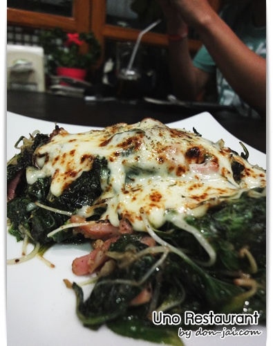 Uno_Restaurant_045