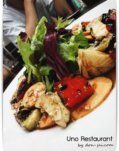 Uno_Restaurant_050