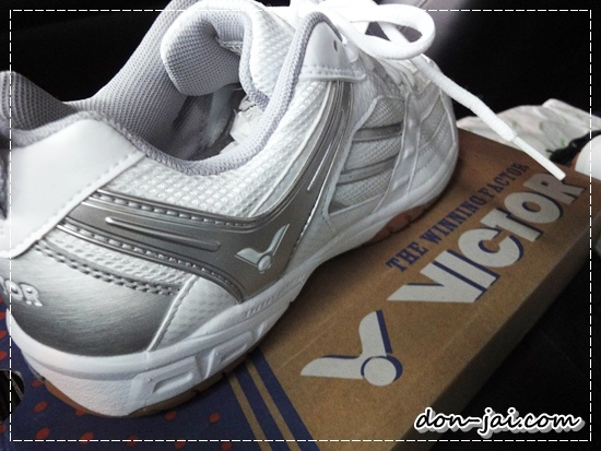 Victor_SH805_S_Professional_Badminton_Shoes_right_3.JPG