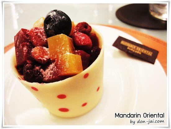รีวิวโดนใจ >> Mandarin Oriental ร้านขนมสุดอร่อย บรรยากาศหรูเริ่ด ในสยามพารากอน