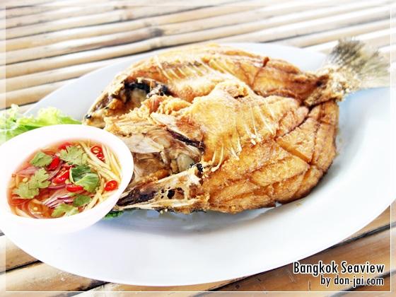 รีวิวโดนใจ >> Bangkok Seaview (บางกอกซีวิว) รับลมชมวิว กินซีฟู๊ดที่ทะเลกรุงเทพ