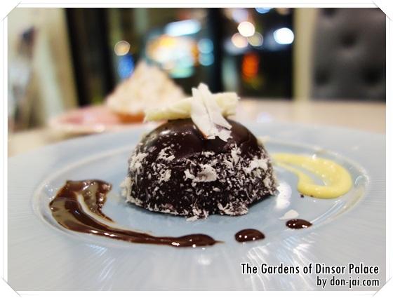 รีวิวโดนใจ >> The Gardens of Dinsor Palace ร้านอาหารและของหวานบรรยากาศในสวน