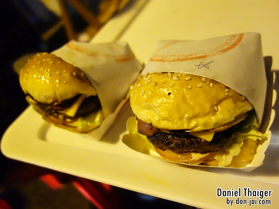 รีวิวโดนใจ >> Daniel Thaiger (แดเนียล ไทยเกอร์) เบอร์เกอร์สไตล์ Street Food ที่อร่อยมากค่า