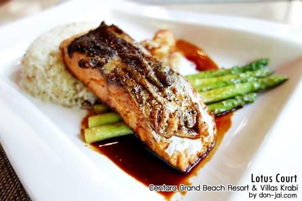 รีวิวโดนใจ >> Lotus court อิ่มอร่อยกับมื้อเที่ยงในโรงแรม Centara Grand Beach Resort & Villas Krabi
