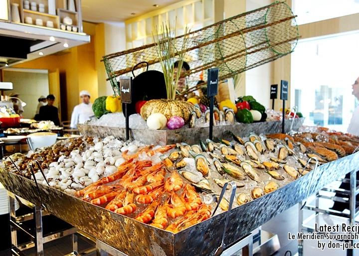 รีวิวโดนใจ >> Sunday Brunch ที่ห้องอาหารLatest Recipe โรงแรม Le Meridien Suvarnabhumi