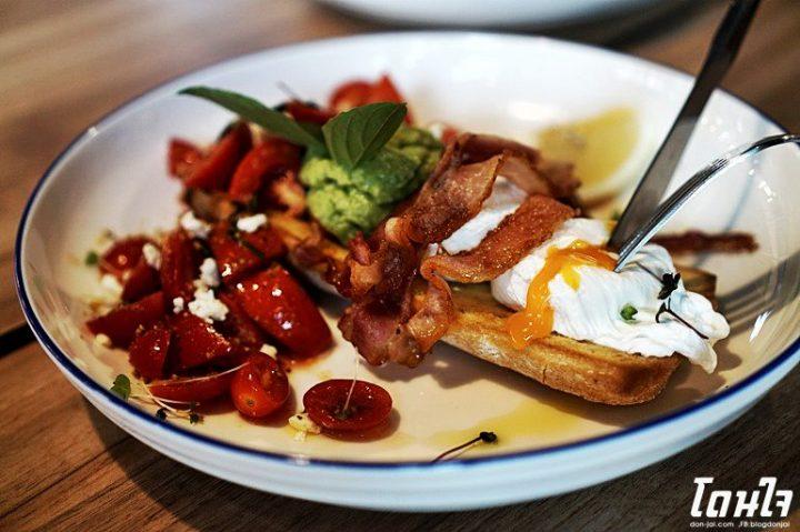 รีวิวโดนใจ >> The Coffee Club จิบกาแฟยามเช้าแล้วเต็มอิ่มกับเมนูอร่อย @ The Maze ทองหล่อ