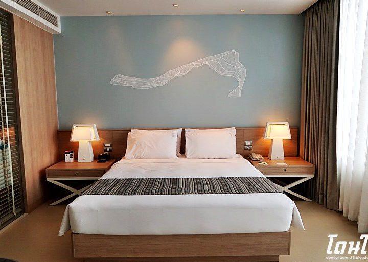 รีวิวโดนใจ >> Holiday Inn Pattaya (ฮอลิเดย์ อินน์ พัทยา) กับห้องพักที่ Executive Tower